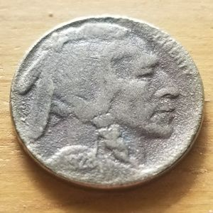 Accessories - 1928 buffalo nickle. indian head  .make jewelry